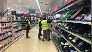 Beef Plan Movement members visit Aldi in Roscommon town