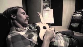 Hardrockband John Coffey rockt ook zonder snor
