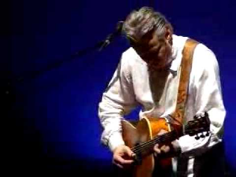 Tommy Emmanuel Live Performance - House of Rising Sun