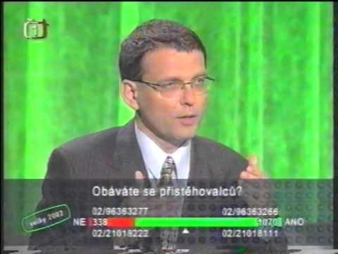 Bez imunity   Eva Dundáčková+Lubomír Zaorálek+Vilém Holáň+Dalibor Matulka+Jan Skopal+Jiří Hudeček