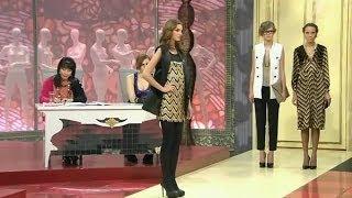 видео Что одеть женщине в ресторан. Какая одежда будет уместна.