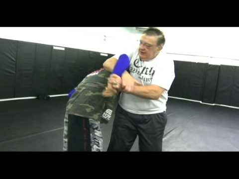 Billy Robinson Teaches Catch Wrestling Standing Posture Breaks