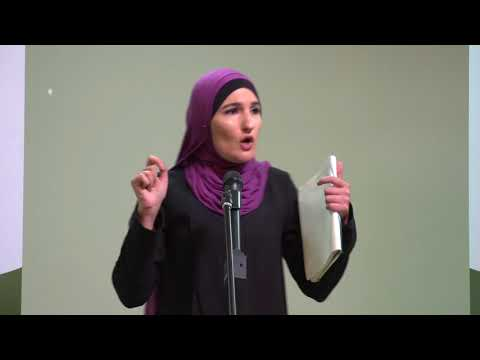 Sister Linda Sarsour at the 2018 United Benefit Dinner