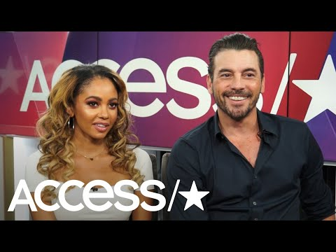 Skeet Ulrich On That Hot Riverdale Dads To The Rescue Line; Vanessa Morgan On The Black Hood Reveal