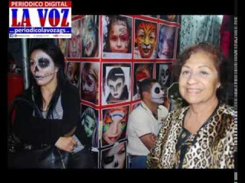 FOTOS-MI PRIMA GUADALUPE QUINTERO NUÑEZ,EN UN RECORRIDO EN LOS PUESTOS DE LOS MUERTOS..