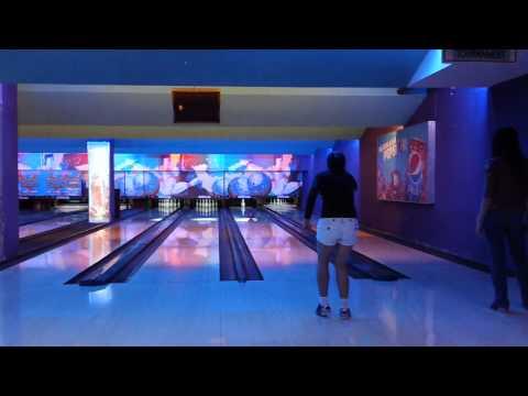 bowling in Vietnam