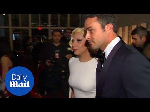 Lady Gaga cuddles up to her boyfriend Taylor Kinney - Daily Mail Mp3
