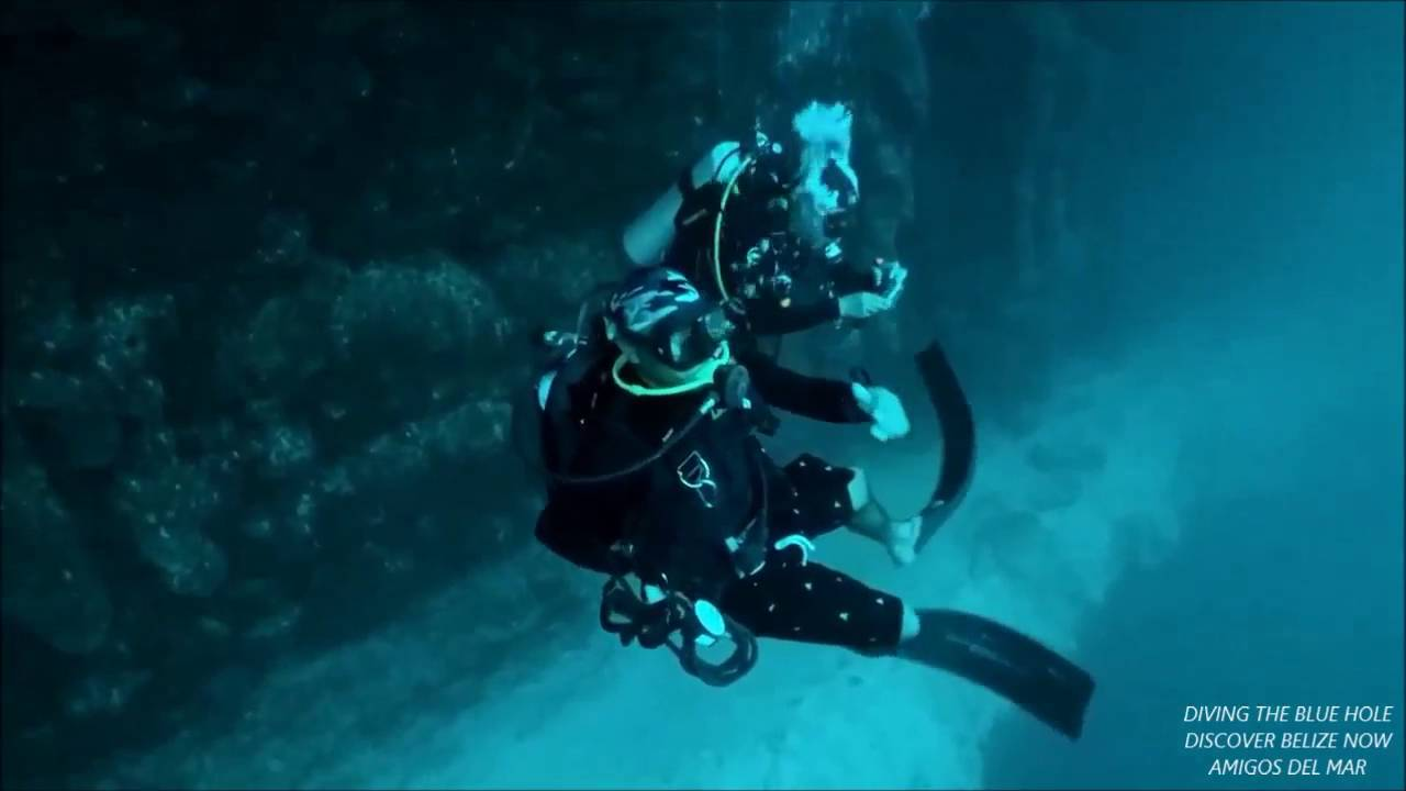 Blue Hole Belize Underwater
