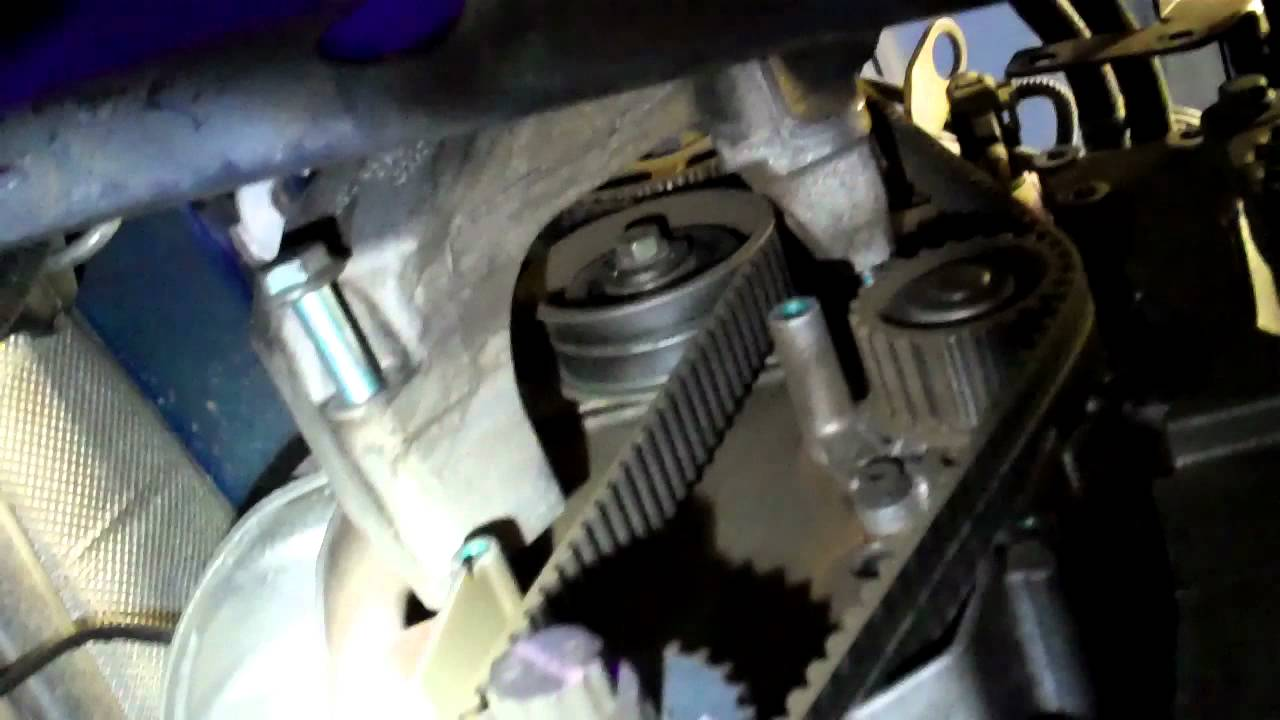 how to replace the timing belt and water pump on your vw beetle golf jetta [ 1280 x 720 Pixel ]