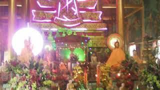 Lễ dâng bong chùa trà cuôn