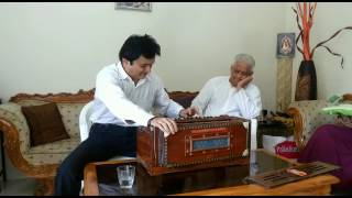 Download Sachin Jambhekar on Harmonium in the presence of All time Great Music Director Pyarelalji Mp3