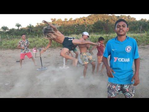 FUNDO DE QUINTAL OFC - HOJE É ANIVERSÁRIO DELA / MC Jacaré  (Vídeo Oficial)