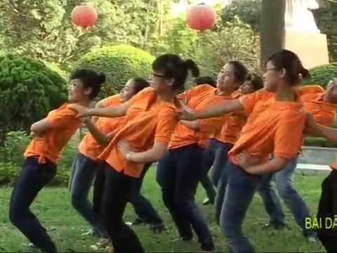 Tách nhịp + Nhảy mẫu Dân vũ: Té nước - Hanoi ADC