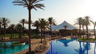 Отдых в Тунисе. Отель Movenpick Resort Сусс. Обзор бассейна, джакузи и территории отеля