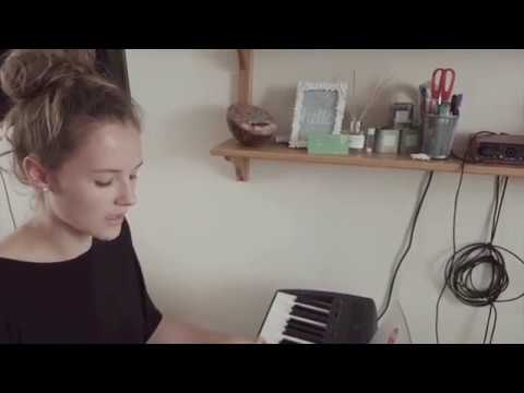 (No One Knows Me) Like The Piano  - Cover