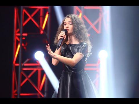 DUEL: Sia - Chandelier. Vezi aici cum cântă Olga Verbițchi, la X Factor!