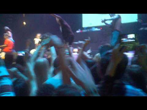 T-Pain - Best Love Song Live 5/20/11 92.3 One Night Stand
