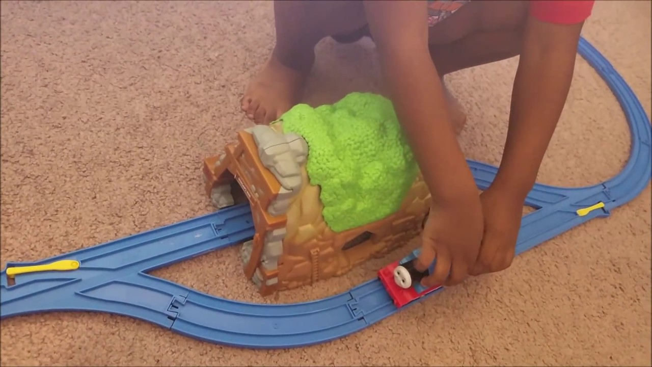 Thomas and Friends Toy Train Track Go Go Thomas Isaiah ToyReview ...
