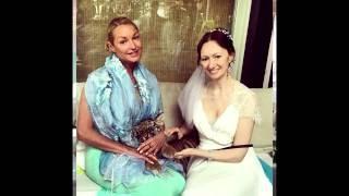 Волочкова без белья случайно затмила на свадьбе невесту.