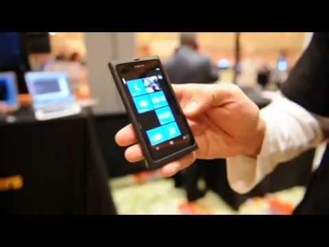 Plex for Windows Phone 7 client [Hands-on][CES 2012][HD]