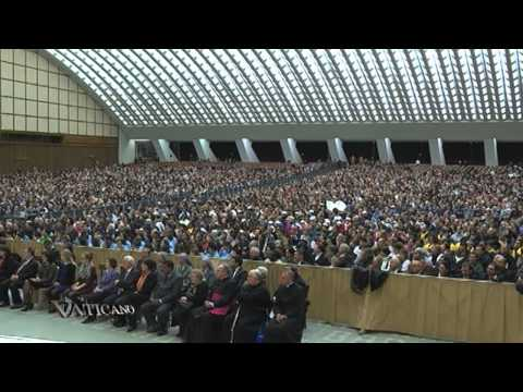 Vaticano - 2013-02-10 - Vatican's charity department promotes care for the poorest this lent