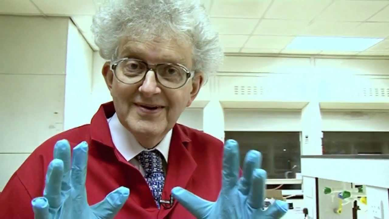 Copper chloride periodic table of videos youtube urtaz Images