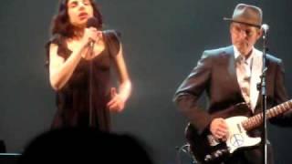 PJ Harvey & John Parish - The Chair @ The Beacon Theater, NYC 06-09-2009