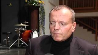 Musik statt Maus: Ulmer Gehirnforscher Manfred Spitzer zu Gast in Memmingen