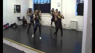 Deedar De.choreographed by Deepshikha Aroa.Teaching of Dance routine in London studio