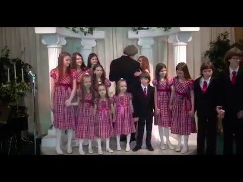 David & Louise Turpin FULL Vow Renewal with all 13 Children - Vegas 2013.