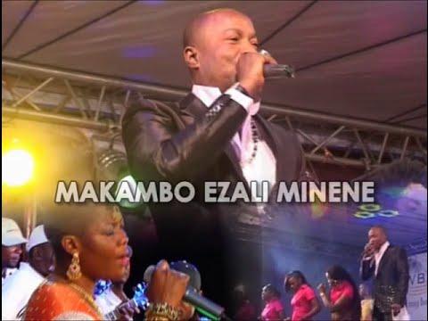 Koffi Olomide chante Luambo Makiadi (Concert Officiel)