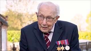 99-летний ветеран Второй мировой войны возглавил музыкальные чарты Великобритании.
