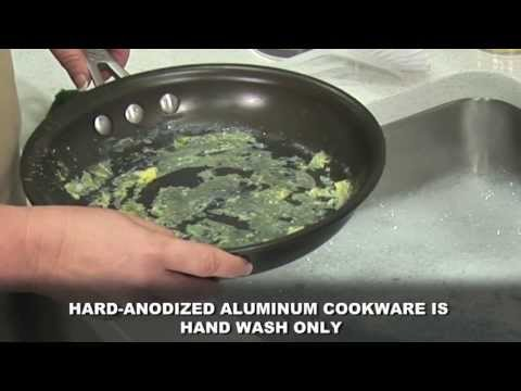 Cleaning the interiors of your Calphalon Hard Anodized nonstick cookware