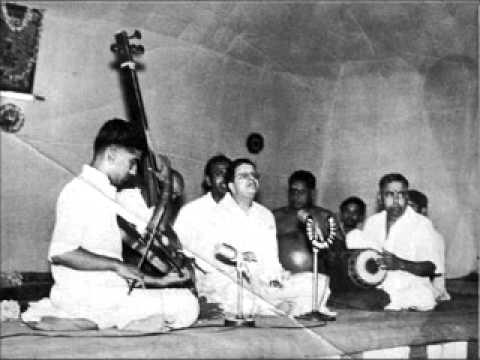 madurai mani iyer - karaharapriya - chakkani raja - tyagaraja