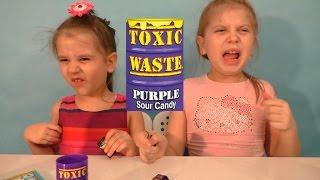 Очень кислые конфеты Toxic Waste (Токсик вейст) а также Zuko Yupi Милка с орео(, 2017-02-23T10:55:57.000Z)