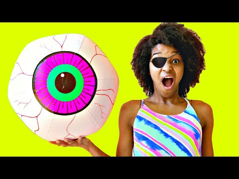 Thumbnail: Eyeball POPS OUT AGAIN! Shasha and Shiloh - Onyx Kids