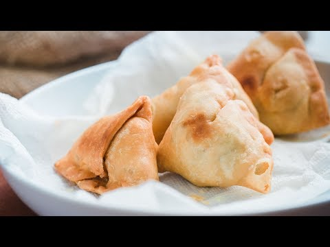 Recipe of Aloor Singara (Indian Samosa)