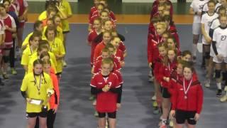 парад закрытия финального этапа Всероссийских соревнований по гандболу среди девушек 2002