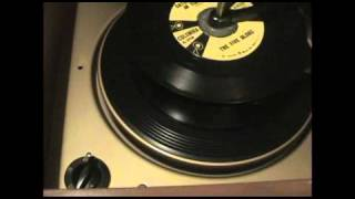 1955 Magnavox Consolette demonstration