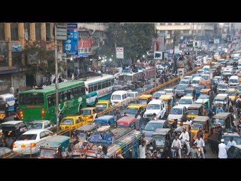 Traffic Ka Masla Sangeen Ho Gya | Peshawar