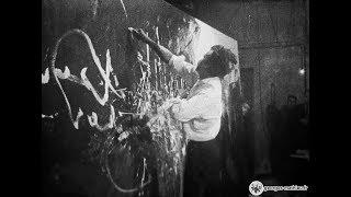 """Georges Mathieu — """"Hommage au Connétable de Bourbon"""" — Live Action Painting in Vienna, 2 April 1959"""