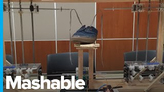 This $600 Shoe Tying Robot Was Made by College Students
