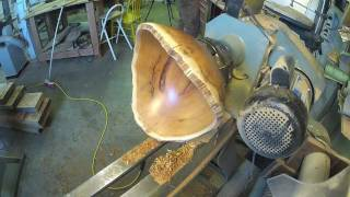 Woodturning 2 Yew Bowls (one Normal, One Not So Much) Part 2/2