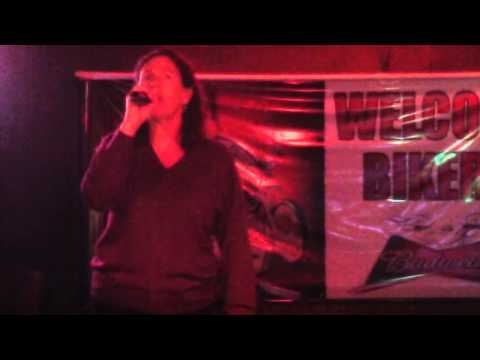 "Trisha Yearwood - Walkaway Joe - Karaoke Cover by ""blueprint blue"" Peg"