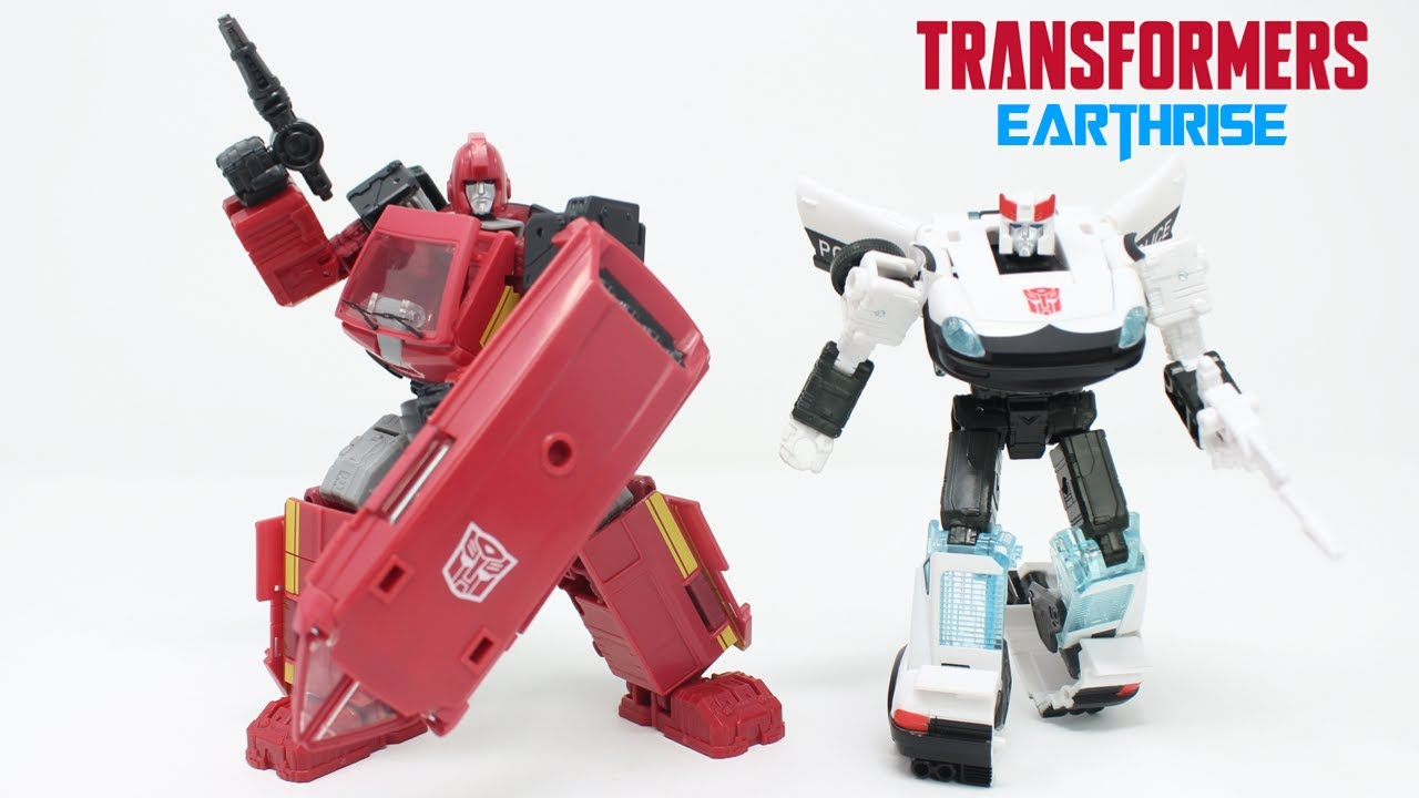 Transformers Earthrise Autobot Alliance Prowl & Ironhide In-Hand Review by PrimeVsPrime