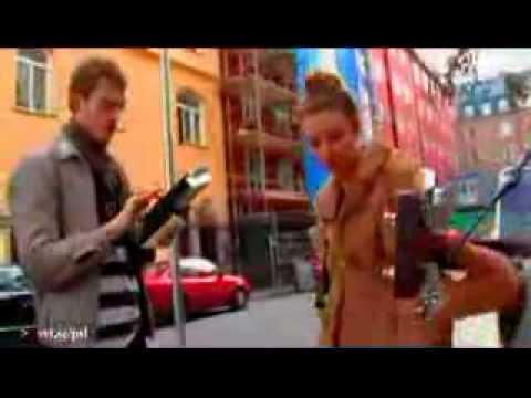 Lykke Li - Little Bit (live in Närkesgatan's streets)