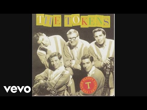 The Tokens - The Lion Sleeps Tonight (Wimoweh) (Audio)