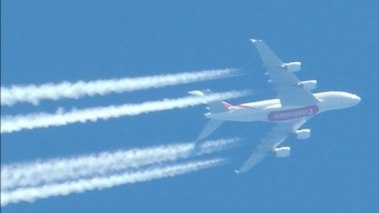 emirates airbus a380 861 a6 eeo los angeles to dubai may 22 2014 12 23 local time