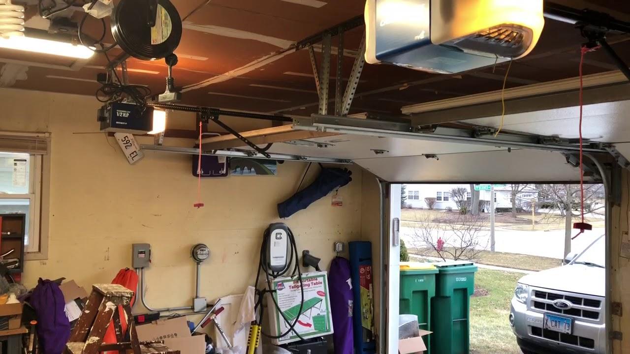 Belt vs chain driven garage door opener youtube belt vs chain driven garage door opener rubansaba