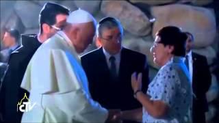 Bergoglio Całuje żydów Po Rękach